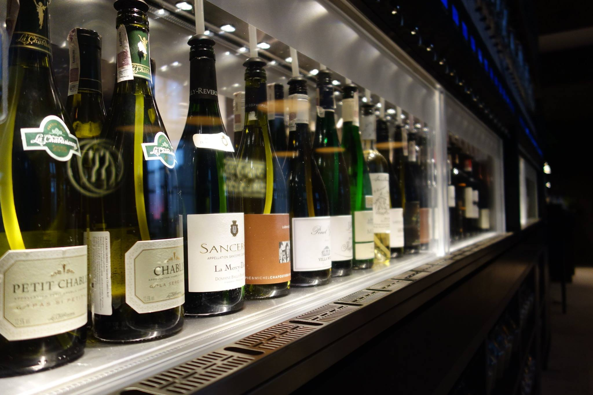 How to engage Millennials with the wine category - By The Glass